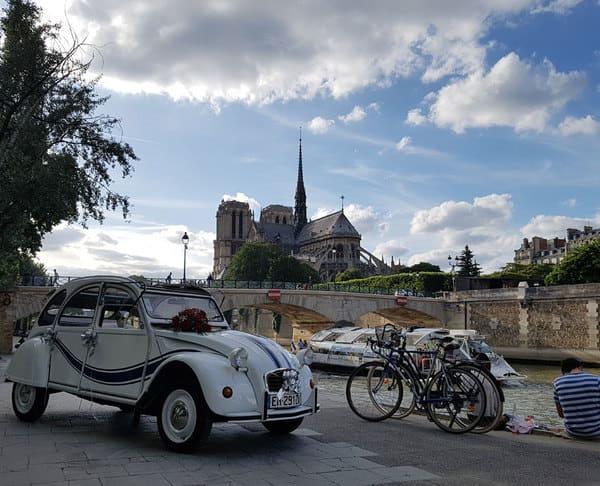 Louer 2cv Paris avec chauffeur - Quai